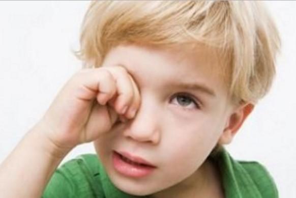 Капли от усталости глаз для маленьких детей
