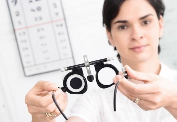 Когда можно улучшить зрение каплями