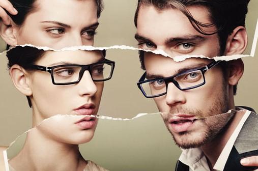 Линзы или очки что лучше
