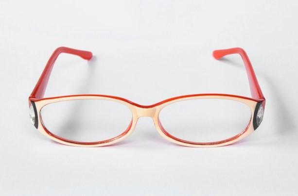 Угловатые очки