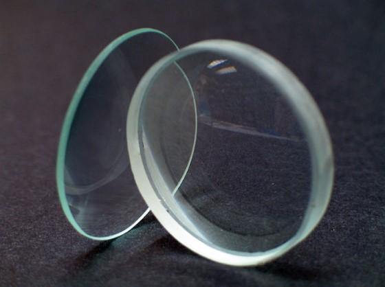 Двояковыпуклая линза для дальнозоркости