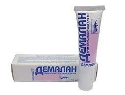 Мазь Демалан - это комбинированное лекарственное средство.